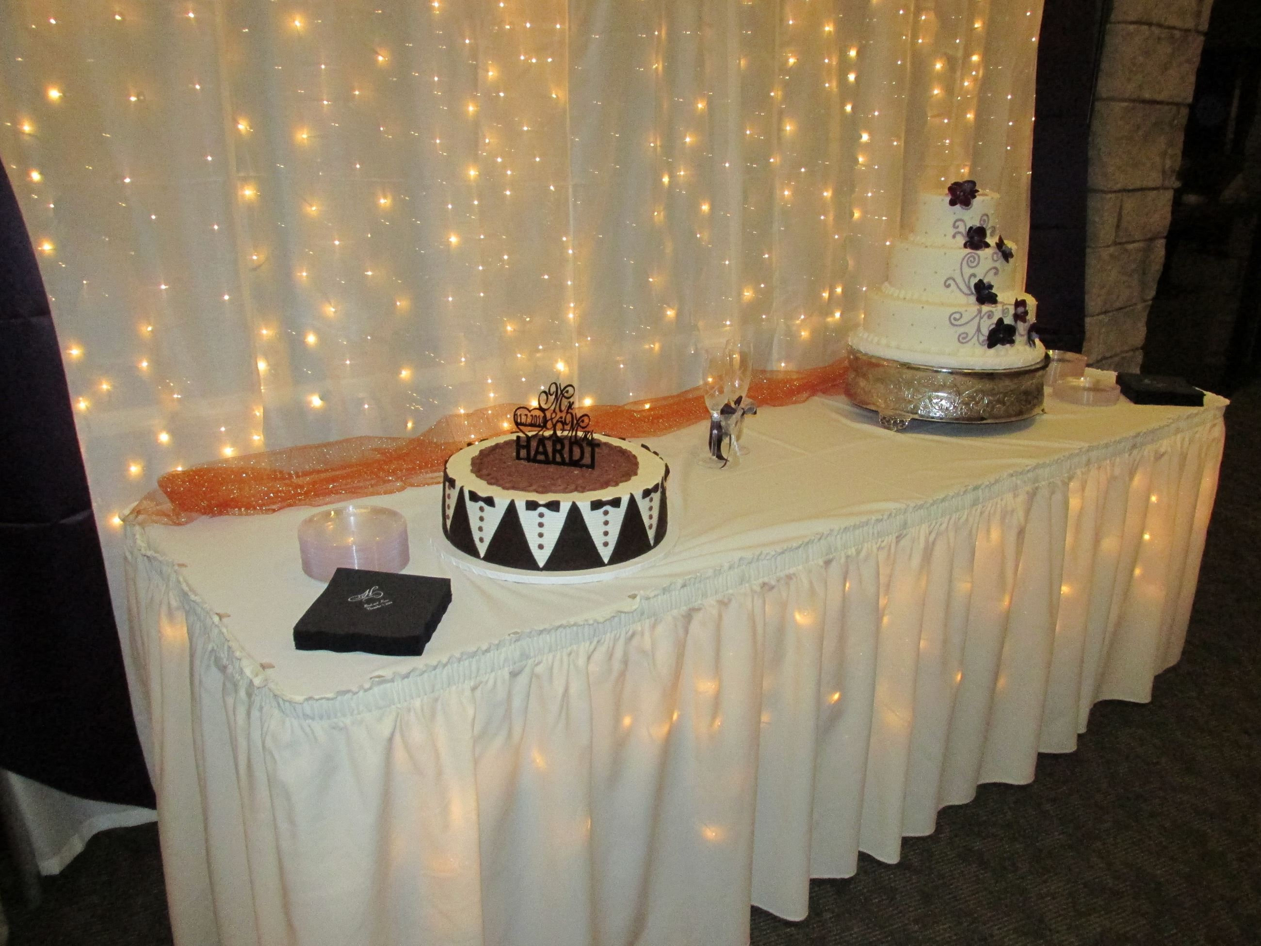 Lighted Cake Table- Chisholms
